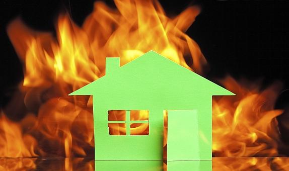 İzocam, Yangınlardan Korunmak için Doğru Yalıtımın Önemine Dikkat Çekiyor